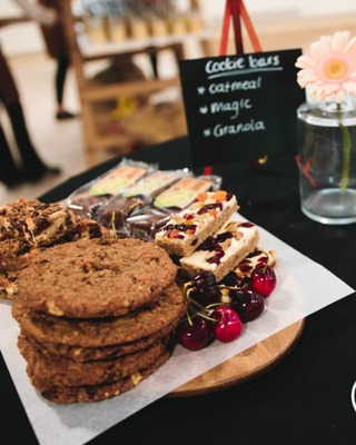 mobiele-koffiebar-huren-met-cake